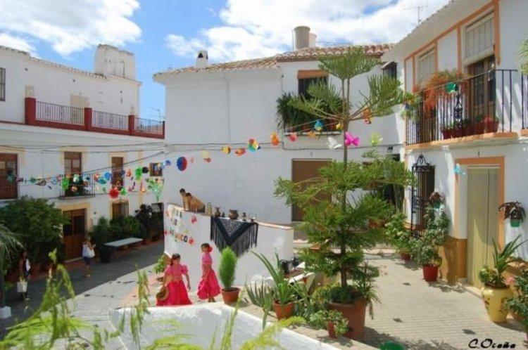 Plaza del Santo Cristo Almachar Andalusië