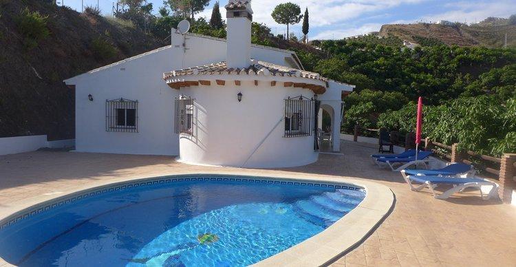 Vakantie Andalusië - luxe villa in zuid spanje met zwembad en bbq