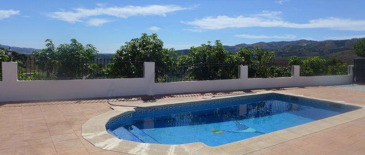 luxe-villa-prive-zwembad-almachar-vakantiehuis zuidspanje