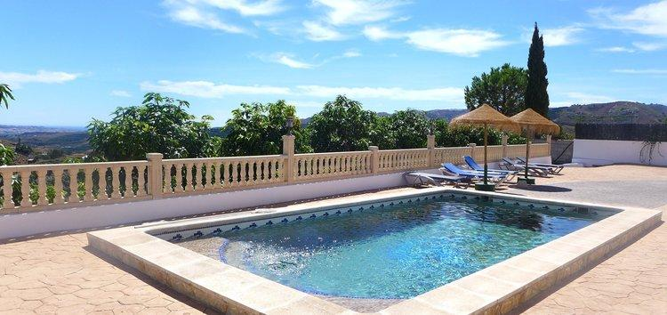 Luxe villa in Zuid Spanje met vergezicht op zee