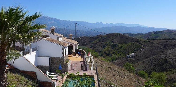 Luxe villa in Andalusie Zuid Spanje bij het dorp Almachar
