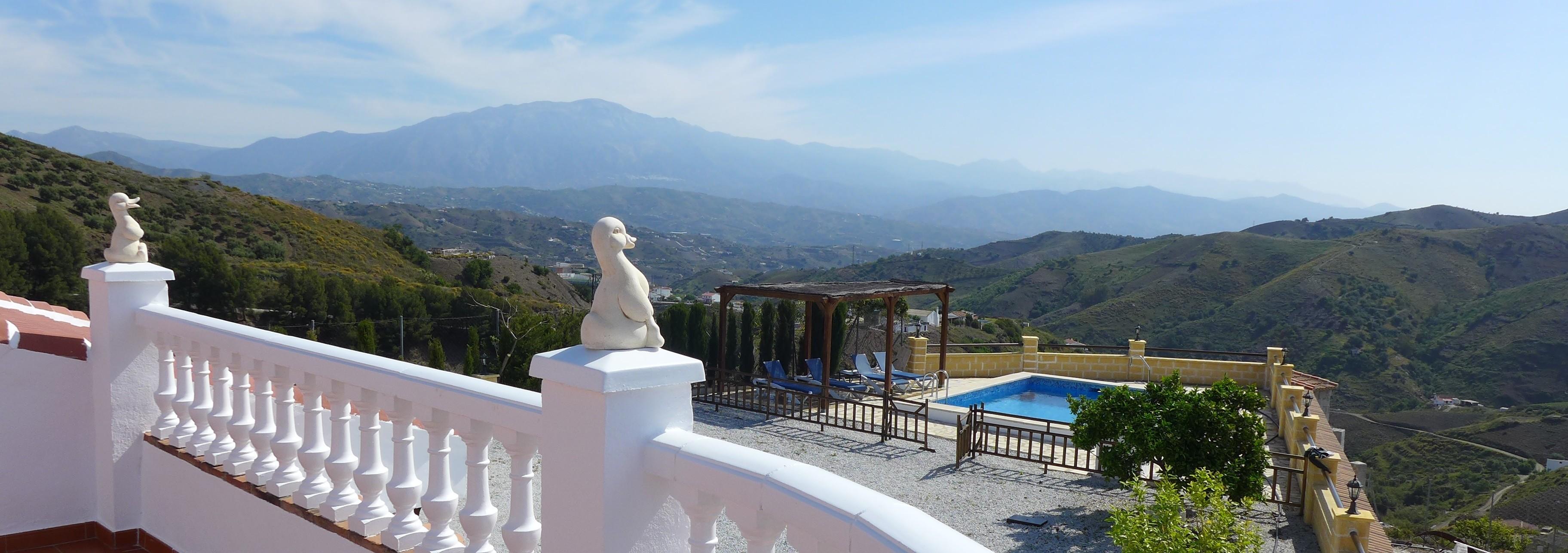 Villa Andalusie Zuid Spanje met zwembad en geweldig uitzicht