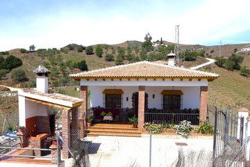 Casa Villalba - villa voor familie of groep met zwembad Almachar Andalusië