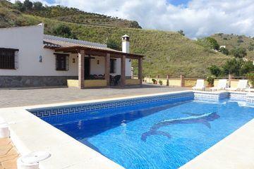 Casa Maria y Ana - villa Almachar privé zwembad bbq wifi Andalusie natuur dorp