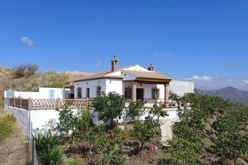 Casa Alegria - Goedkope villa Andalusie, vakantiehuis wifi zwembad Spanje