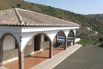 Casa Los Limones - in het echte Andalusië ruime villa bij het dorp El Borge