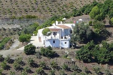 Villa Vista a Iznate - villa Iznate met airco, zwembad, privacy, natuur Andalusië