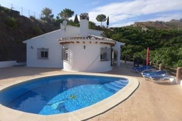 Casa Espana - Luxe villa met airco in Andalusie, Zuid Spanje, 18km zee